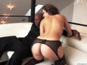 Remy LaCroix enculée par une grosse queue black