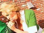 Kelly Madison saoulée et baisée